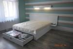 Łóżko lakierowane z szufladą